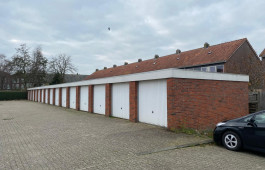 Garagebox Sneek, Suffridusstraat 121-149